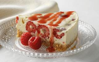Meringue cheesecake aux framboises