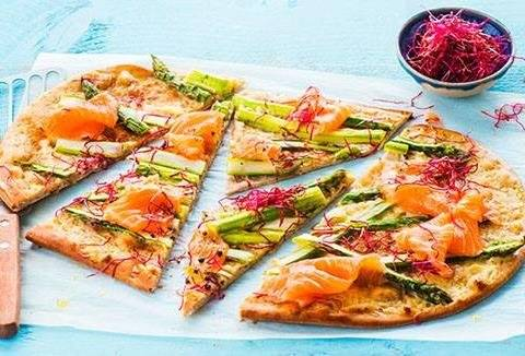 Home made flatbread met zalm