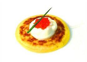 Blini met zure room