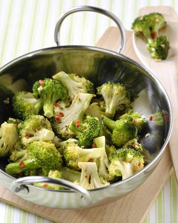 Pittige broccoli met knoflook en chili